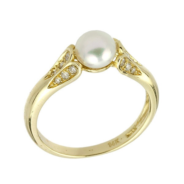 Antique Style Diamonds Pearl Engagement Ring in White Gold