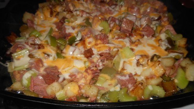 Quick and Easy Corned Beef Hash for Two | Recipes To Try | Pinterest