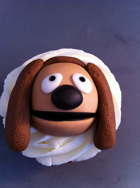 Muppet Cupcakes. Rolf by zoeycakes, via Flickr