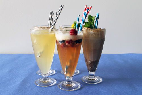 Spike Your Sweets: 5 Classic Cocktail Ice Cream Floats | Brit + Co.