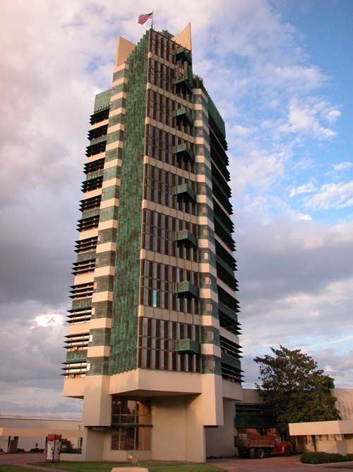 Flw price tower oklahoma best of architecture for Frank lloyd wright oklahoma