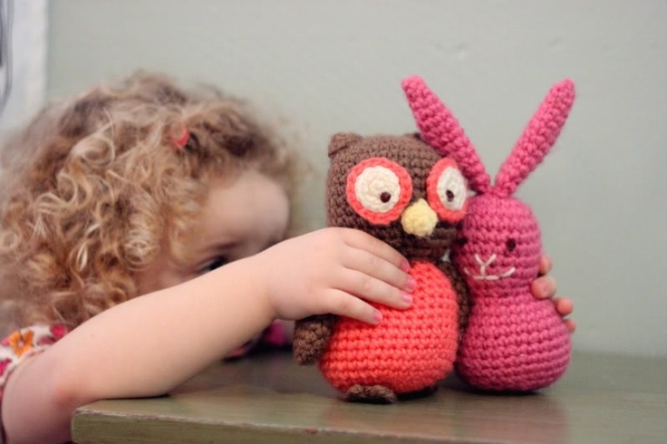 Knitting Patterns For Stuffed Dogs : Knitted stuffed animal toys DIY & Crafts Pinterest