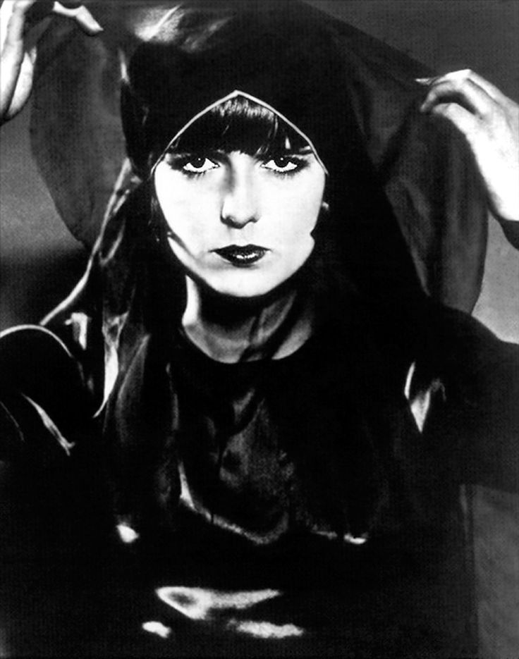 Louise Brooks in G. W. Pabst's Pandora's Box (1929).