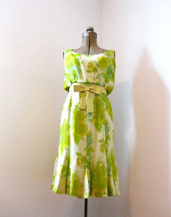 Cute Backyard Party Outfits : 1950s Floral Garden Party Wiggle Dress  so cute with a cardigan!