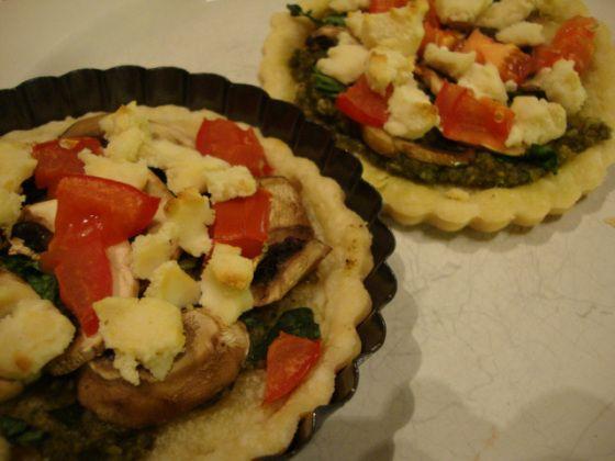 Spinach and Mushroom Tarts | Vegan Food! | Pinterest
