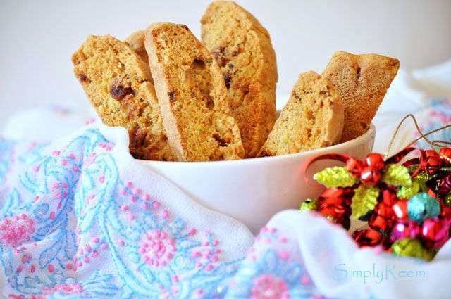 pistachio and cranberry biscotti | Breakfast and Brunch | Pinterest
