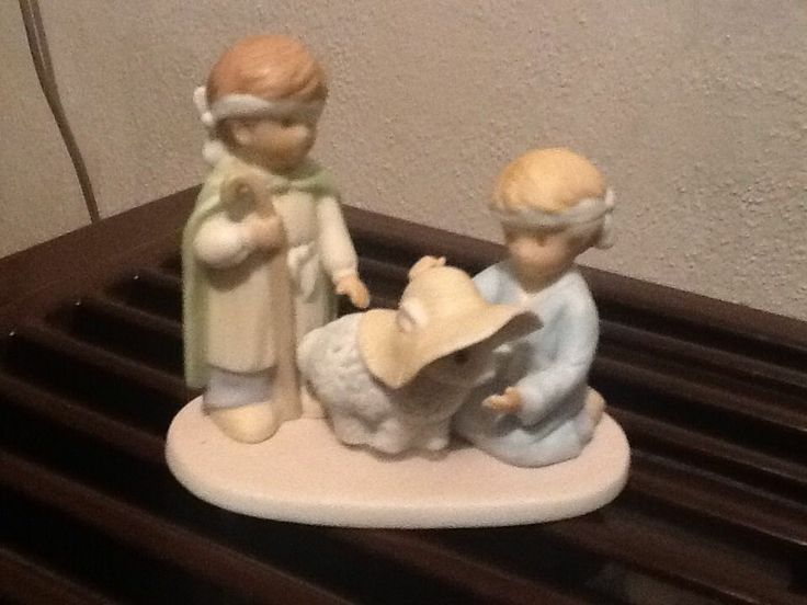 Circle Of Friends Nativity Set Porcelain Nib Home