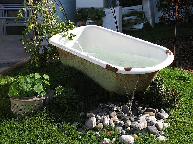 great way to recycle an old tub garden ideas pinterest. Black Bedroom Furniture Sets. Home Design Ideas