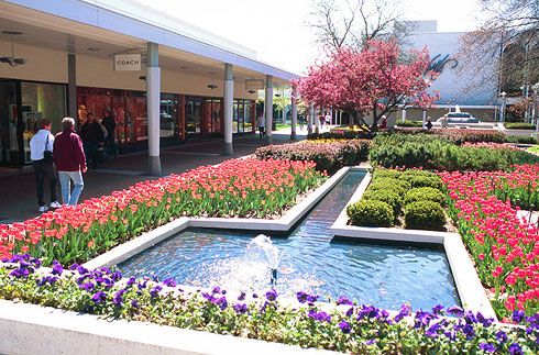 oakbrook terrace shopping