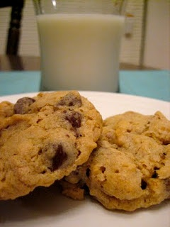 Oatmeal Pecan Chocolate Chip Cookies | treats | Pinterest