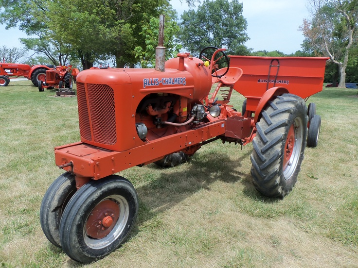 allis chalmers tractors with 111393790754938622 on Allis Chalmers 7060 2wd Beta V1 besides Article 1da9c9aa 47b1 5f54 Bb7f 9ab489622c2c likewise Allis Chalmers B additionally 24486224 further Le Sueur Pioneer Power Show.