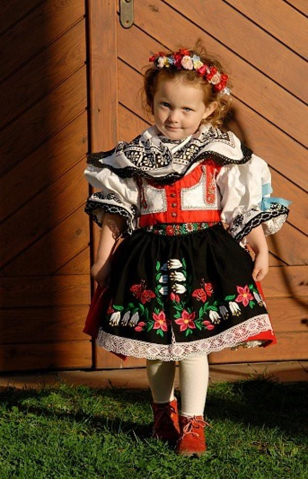 Russian Folk Dresses Hot Girls Wallpaper