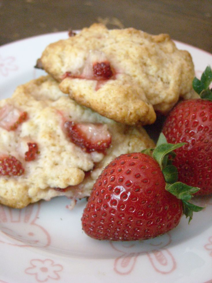 Strawberry-Shortcake Cookies | Recipe