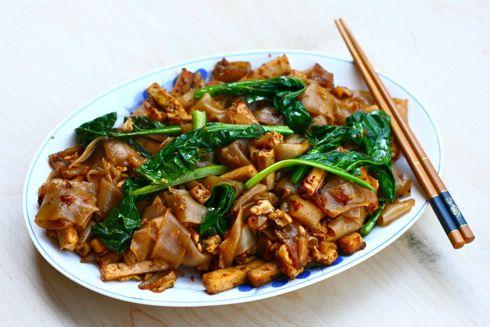 Vegetarian Pad See Ew | Food & Drink | Pinterest