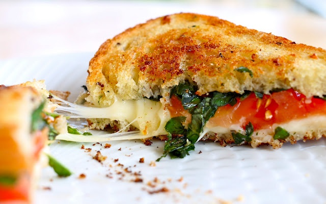 Caprese Grilled Cheese | Lunch & Dinner Recipes | Pinterest