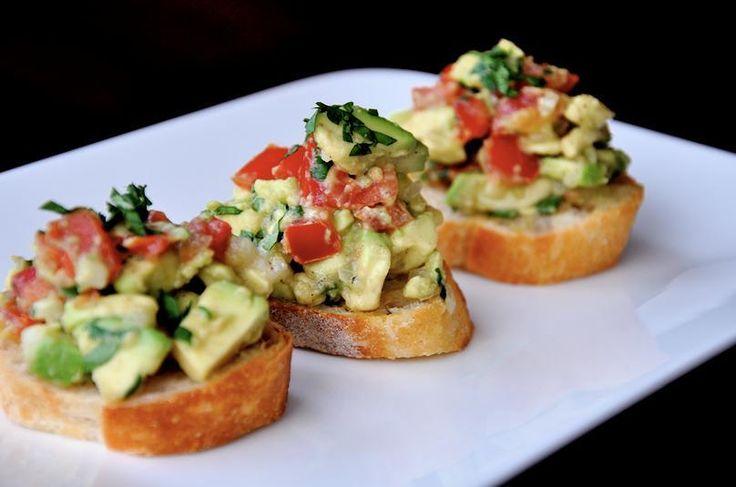 Guacamole Bruschetta. | Perfect food | Pinterest