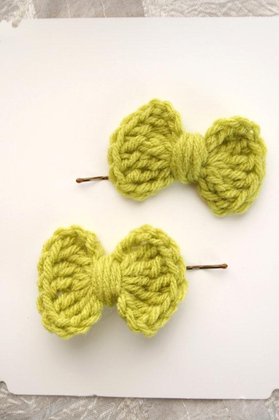 Kawaii Green Bows Crochet Hair Clips Bobby by nightowlcreates, $4.00