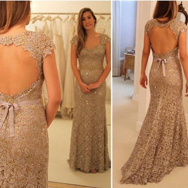 Платье в пол с открытой спиной кружевное