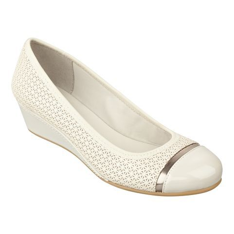 Comfortable shoes for women. | Stylish | Pinterest