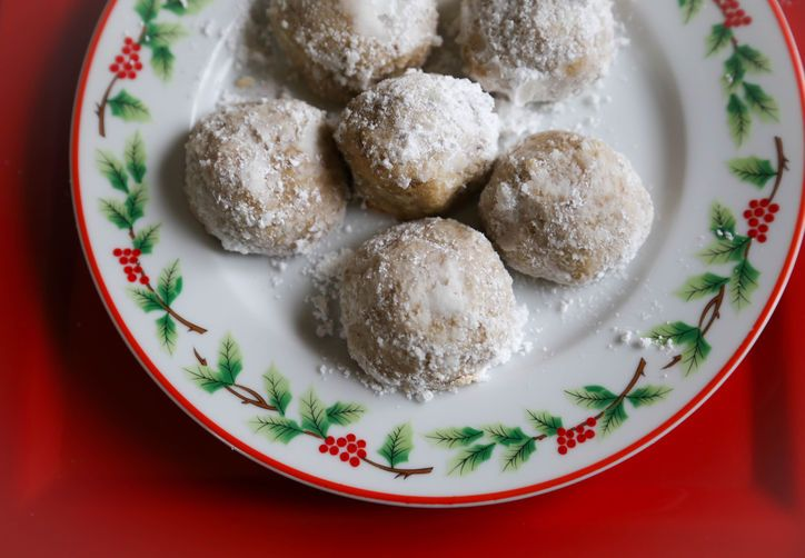 Mexican Wedding Cookies - Gluten Free Christmas Recipes (grain free ...