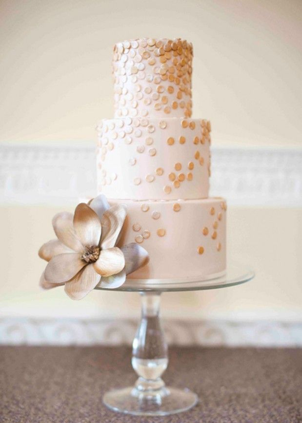 All That Glitters is Gold via Grey Likes Weddings, image by Brosnan Photographic.