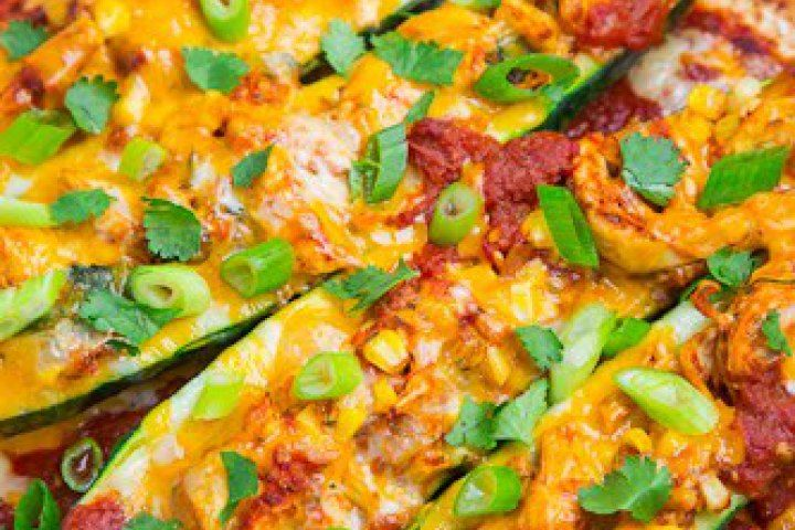 Chicken Enchilada Stuffed Zucchini | Good Eats | Pinterest