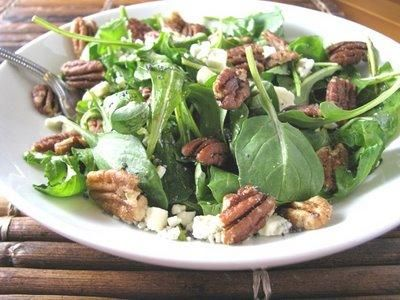 Beautiful Arugula Salad with Famous Biscuits Salad Recipe