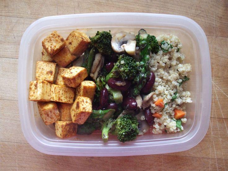 stir-fried quinoa, carrot, spinach, broccoli, mushrooms, asparagus ...