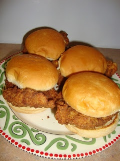 Homemade Chick-fil-A Sandwich: There's nothing like that crispy ...