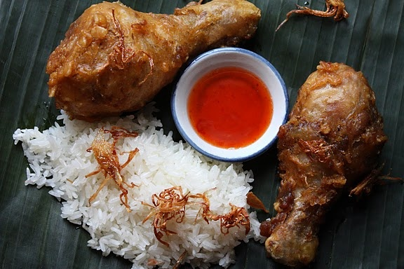 Oh dear, this looks good: thai style fried chicken.