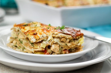 Cheesy Chicken and Artichoke Lasagna | Once on the lips . . forever o ...
