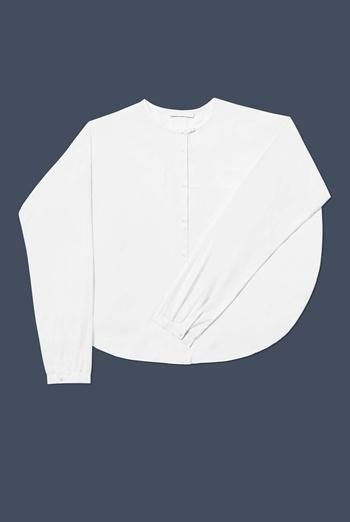 how much better does it get than a crisp white shirt?!