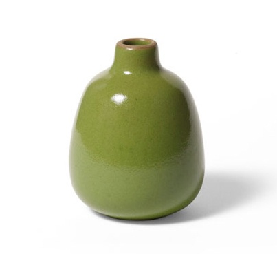 Bud Vase Verde form Heath Ceramics