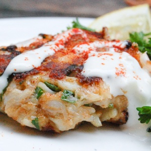 BEST Crab Cakes with Lemon Aioli | Seafood | Pinterest