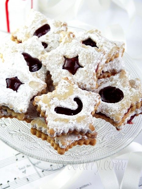 Linzer Cookies with Spiced Jam | Cookies & Desserts | Pinterest