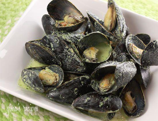 Mussels in Basil Cream Sauce | Skinnytaste