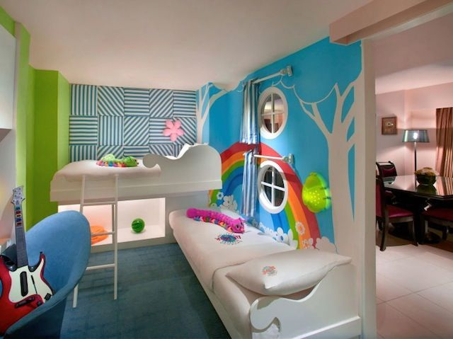 Pin by suitcases strollers on best holiday sleepovers for Cute hotel rooms