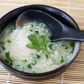 nanakusa-gayu (seven-herb rice soup)   manger bien - savory   Pintere ...