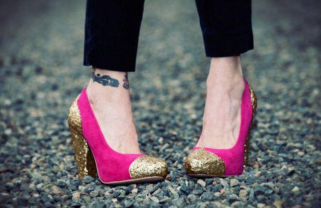 Zapatos de gamuza decorados con glitter