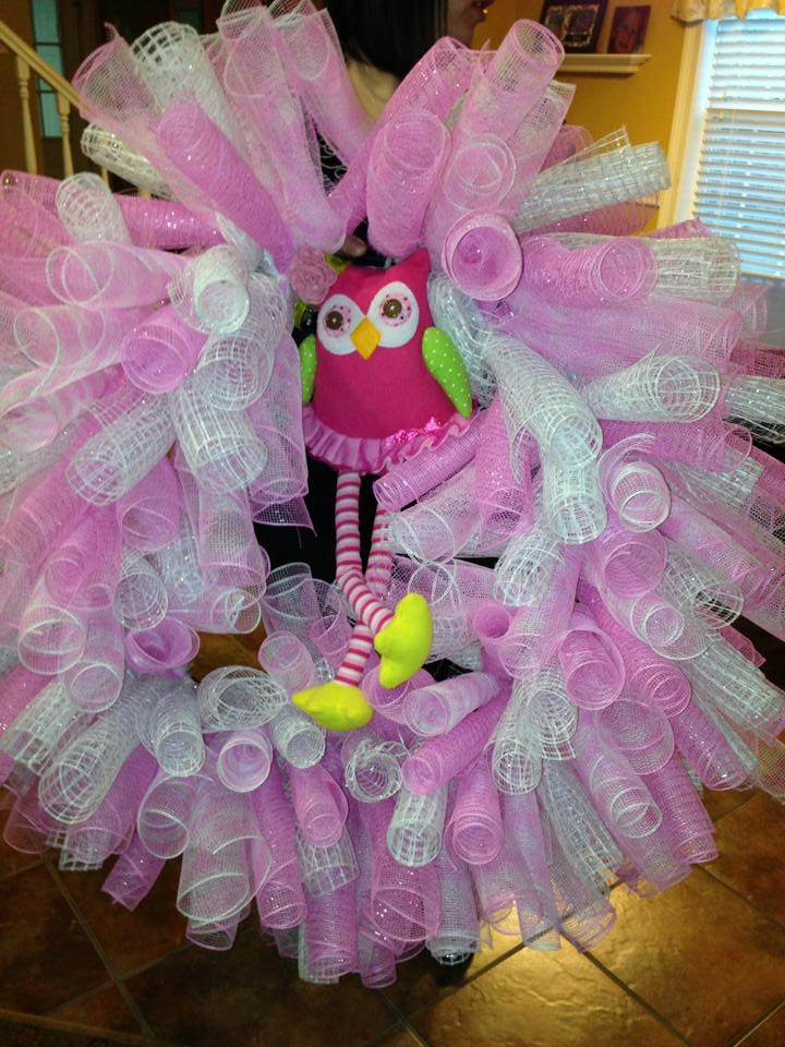 curly deco mesh wreath for baby shower baby pinterest
