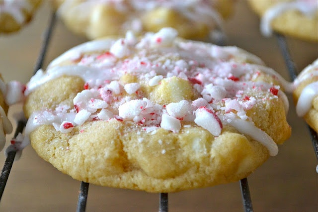 Mother Thyme: White Chocolate Chip Cookies with Peppermint Glaze