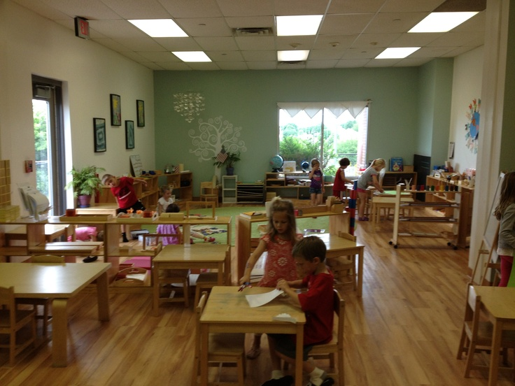 My montessori classroom montessori classroom pinterest - Ruimte lay outs ...