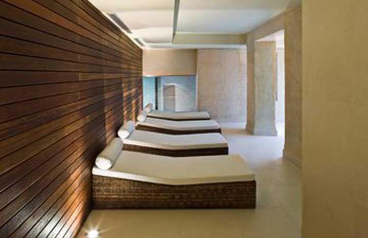Pin by sandra tarruella interioristas on hotels pinterest - Hotel eme sevilla spa ...