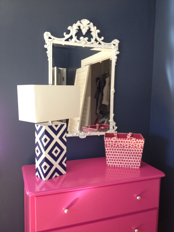 Pink and navy room