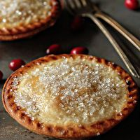 Pear and Cranberry Individual Pies | Love me some pie | Pinterest