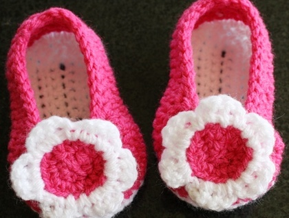 Crochet Baby Shoes / Slippers 3-6 months PinPoint
