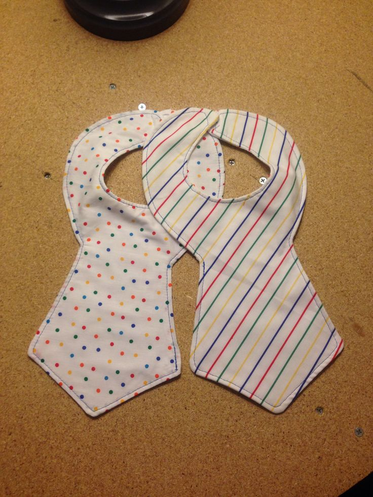 Baby gift baskets pinterest : Inspired baby gifts tie bibs feelin crafty