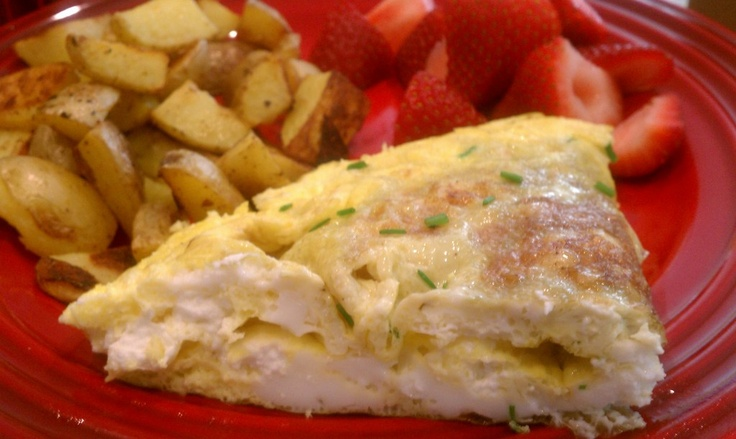 Goat cheese & chive omelette with roasted potatoes