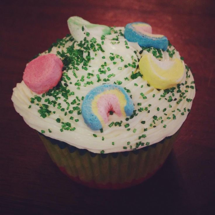 lucky charms cupcakes | Recipes I Have Tried! | Pinterest