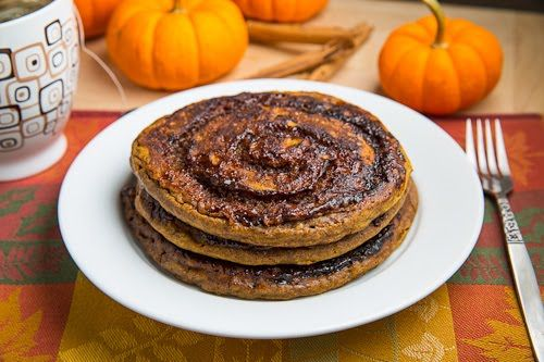 Pumpkin Cinnamon Roll Pancakes with Caramel Cream Cheese Frosting | R ...